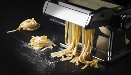 why-it-is-important-to-buy-the-right-manual-pasta-machines-01-002